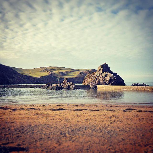 It's a skimmers paradise. #hopecove #beach #beauty #swisbest #travel #travelgram #instagram