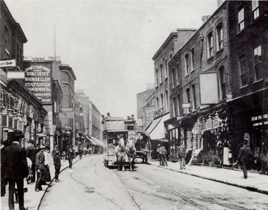 Mare Street, South Hackney, one of Hackney's main business and shopping areas (1904). Horse-drawn trams served Mare Street right up until 1912