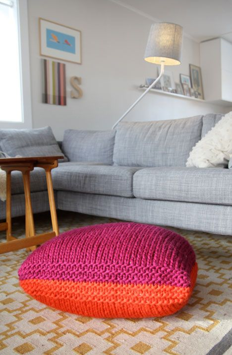 Cool and easy knitting project diy ideas pinterest for Floor knitting