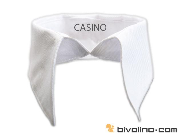 Casino boord voor blouses. De Casino boord was vroeger zeer populair in de glimmende casino's en werkt momenteel aan een comeback. Er is een wonderlijke balans tussen boordhoogte en de lengte van de boordpunten. Het is mogelijk om de volledige boord - de binnenzijde als de buitenzijde van de boord - in een contrasterende stof te vervaardigen en zo een tweekleurig overhemd te ontwerpen. Deze typisch vrouwenboord is tweekleurig ook zeer trendy.