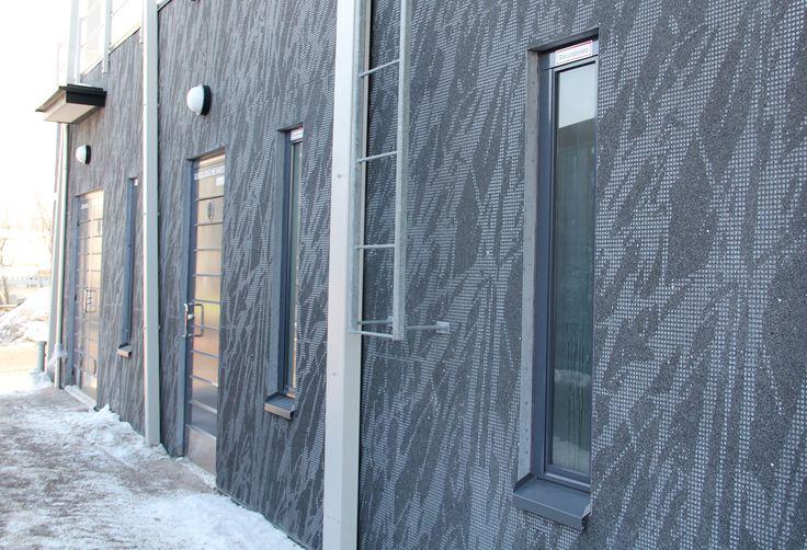 Pattern: Grass negative. Matinniitynkuja 2, Espoo, Finland 2010 (housing). Architecture by Arkkitehtitoimisto Hedman & Matomäki Oy, prefabrication by Lemminkäinen Rakennustuotteet Oy.