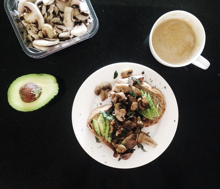 sourdough + sage mushrooms + avocado