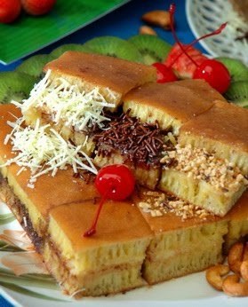 Martabak Manis. omg havent had this in a while