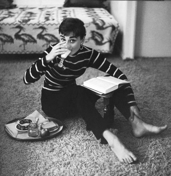 Audrey Hepburn - Saint James Breton