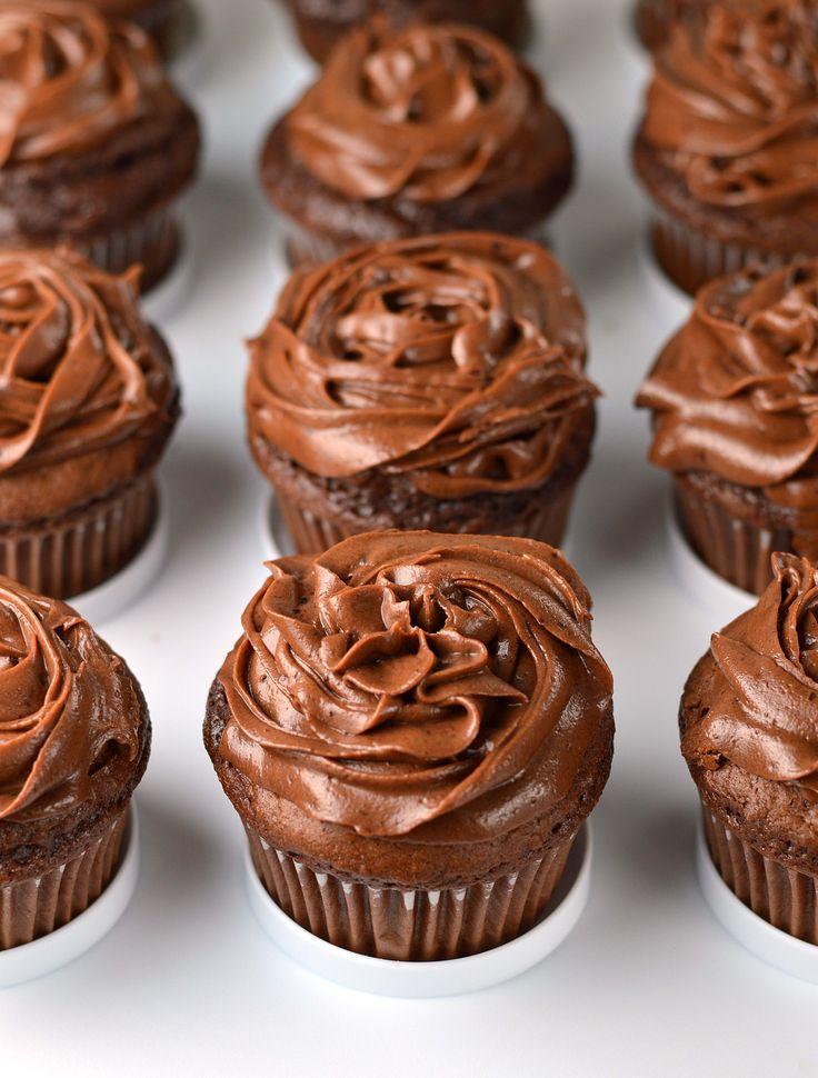 Chocolate mascarpone truffle cupcakes