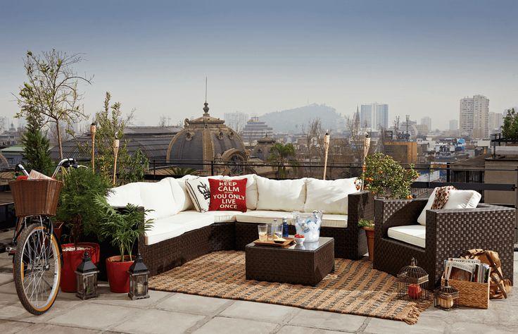 Una terraza acogedora depende tanto de sus muebles como de los accesorios que la decoran.   #Primavera #Deco #Terraza #EasyTienda #TiendaEasy #Living #Accesorios #primaveraverano #cambiavivemejor