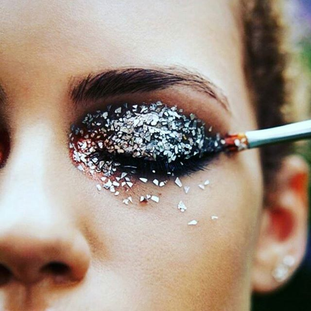 glitter: