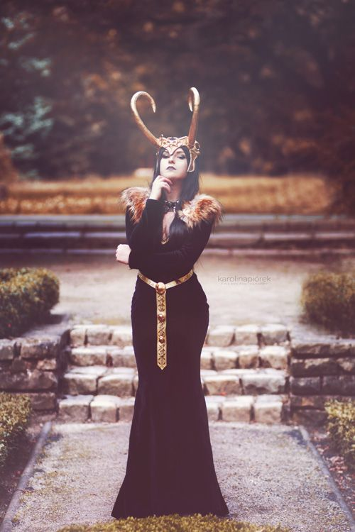Lady Loki Cosplay http://geekxgirls.com/article.php?ID=5361