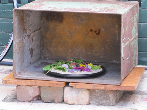 "Irresistible Ideas for play based learning: Outdoor cooker ("",)"