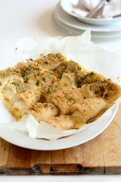 Dedicato sempre a quelli per cui il pesce con il formaggio proprio no... che mi dite di questo? Anelli di calamari ripieni di provola http://www.gennarino.org/wordpress2/anelli-di-calamari-ripieni/