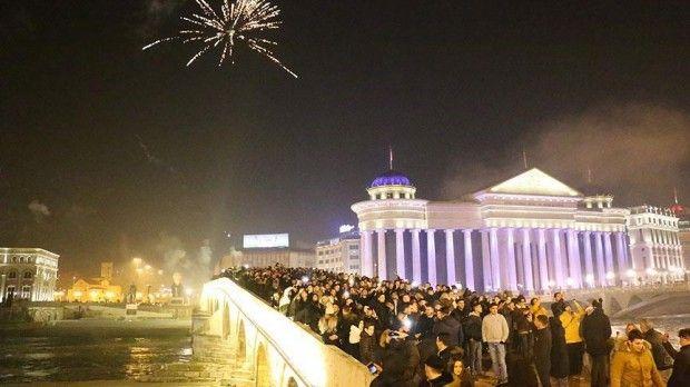 Bosna Hersek, Sırbistan, Hırvatistan, Karadağ, Slovenya, Makedonya, Arnavutluk ve Kosova, 2018'e konserler ve havai fişek gösterileriyle girdi.