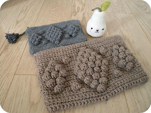 """pochette crochet GG Bag + lien vers tuto de Bmade // Pirum Parum """"tendre crochet"""" Tournicote // Un Grain de Cel"""