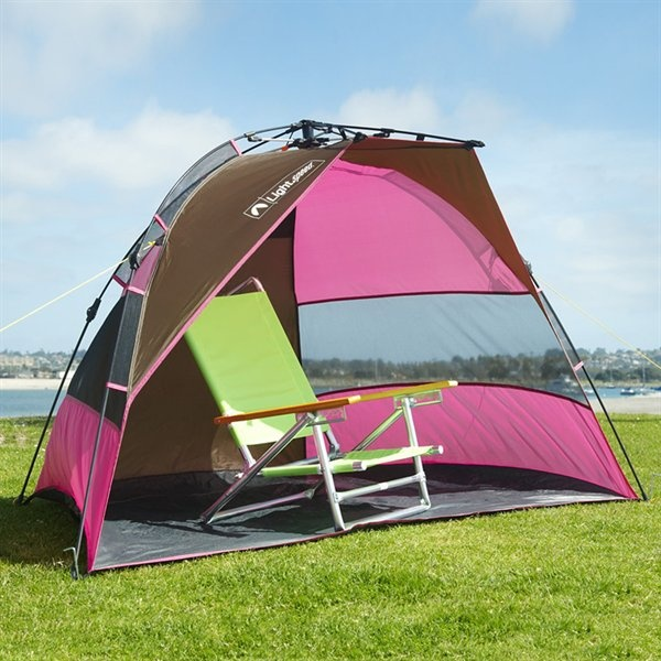 To Hot Relax In The Shadows With Lightspeed Tents