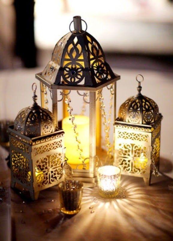 Lanterns for Wedding Centerpieces. Read more: http://simpleweddingstuff.blogspot.com/2015/01/lanterns-for-wedding-centerpieces.html