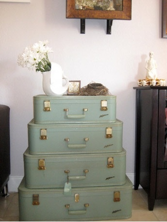 Another way to recycle old suitcases - not sure i'd do this myself - but i love the creativity of the person who did!