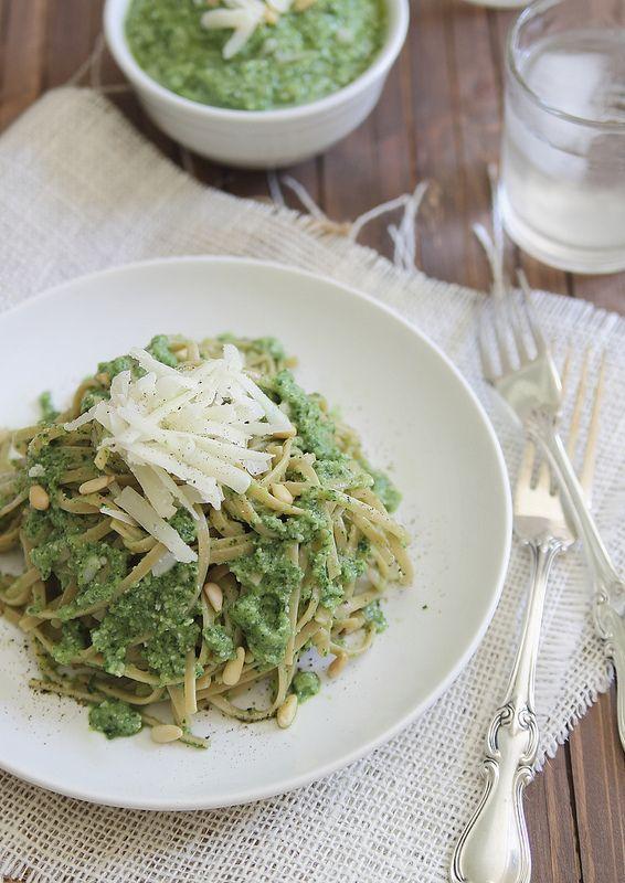 Zucchini pesto - Running to the Kitchen