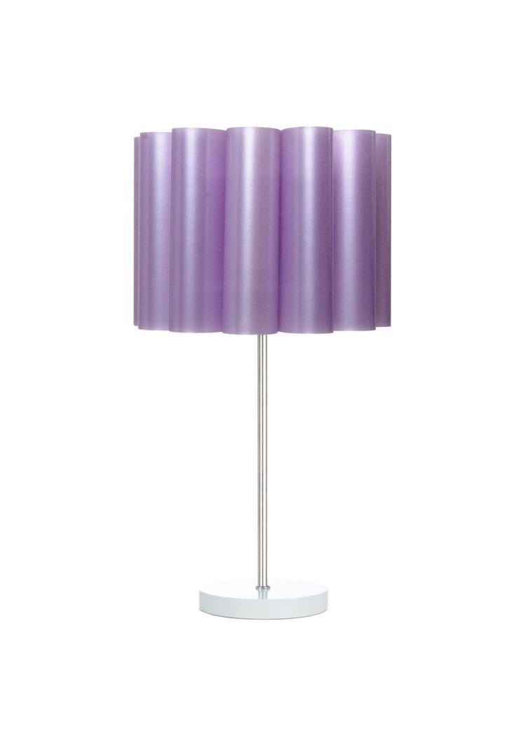 Luminária carambola gomix mesa roxa. luminária carambola gomix mesa roxa, desenvolvida em polipropileno, alumínio e mdf. ideal para decorar com estilo e modernidade.