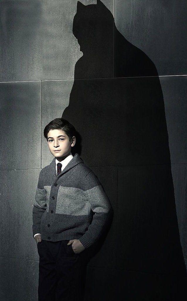 Gotham Season 2 Thomas Wayne   Thomas Wayne's Batman Could Be Revealed On Gotham's Season 2 ...