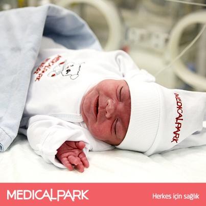 Medical Park İzmir Hastanesi Yenidoğan Yoğun Bakım servisine 500 gr olarak gelen ve 1 hafta sonra kalp ameliyatı geçiren Avcı bebek 106 gün sonra sağlığına kavuştu.