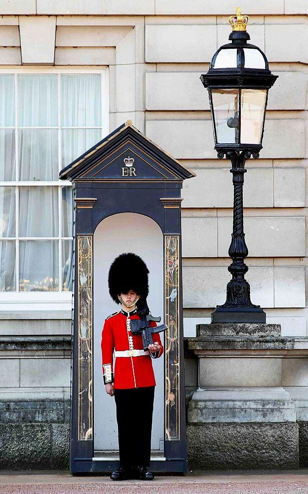 Londres, Grã Bretanha No ano do casamento do Príncipe William, a apenas um ano das Olimpíadas, Londres está, mais do que nunca, no centro das atenções. Além das típicas atrações turísticas como o Big Ben e o Palácio de Buckingham, Londres tem lugares alternativos, como Camden Town, e curiosidades, como o Museu do Ventilador ou o Museu da Magia. Foto: Getty Images