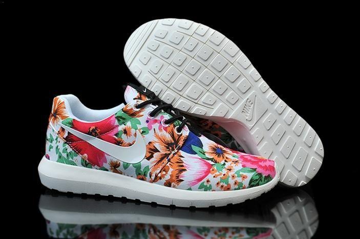 Nike Roshe Run Womens Shoes White Pink Flower