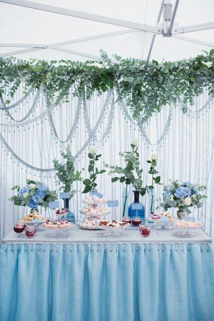 Свадьба в пыльно-голубом цвете. Сладкий стол