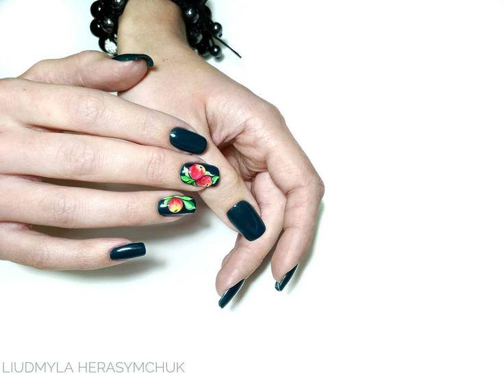 Hybryda 99362 - https://ysbeauty.pl/gel-polish-99362 zdobienia wykonane ręcznie żel paintami Le Vole. Akryżele Wyk. by @Liudmyla_Herasymchuk #LeVole #beautyservicepl #paznokciezelowe #paznokcie #ysbeauty #paznokcie #hybrydalevole