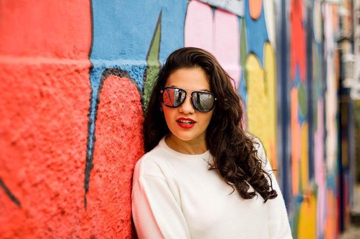 """203 Likes, 9 Comments - Stella Vasconcelos (@diga_xs) on Instagram: """"Tem foto linda? Tem sim! Tem post no blog? Tem sim! Falando sobre acessórios garimpados em brechó…"""""""