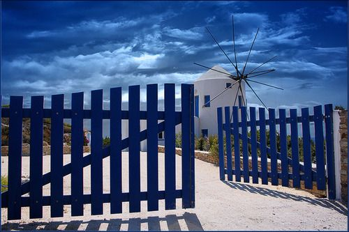 The gate of the sky with a windmill as station.    Αντίπαρος ~ Antiparos    photo by Petros Labrakos