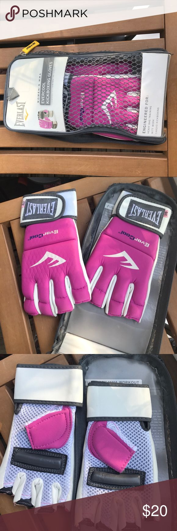Everlast Women's MMA kickboxing gloves Everlast level II Advanced Technology & Materials pink and white gloves for kickboxing- like new Everlast Other