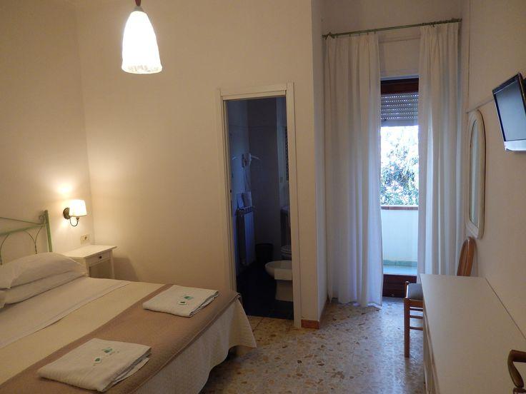 La vostra camera preferita?   Prenotatela online direttamente dal nostro sito ufficiale... e risparmiate :)  #ischia #ischiaponte