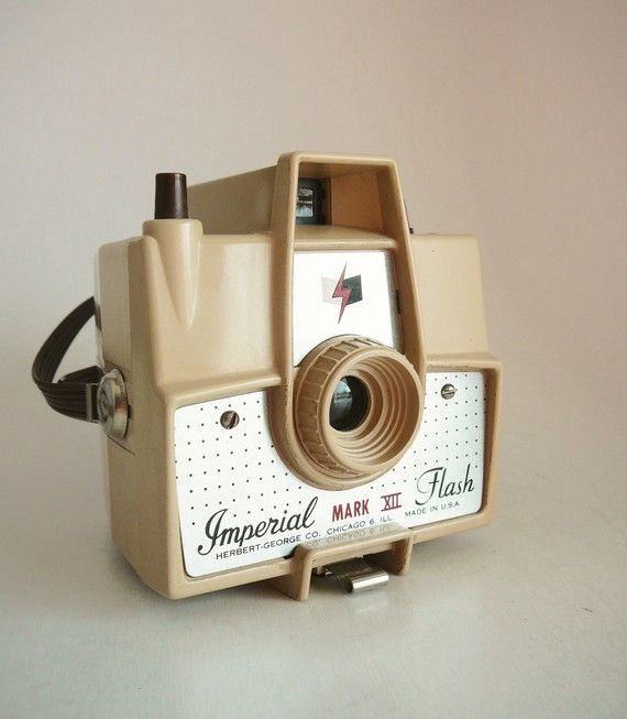 Really need to start collecting old vintage cameras