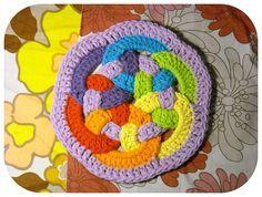 woven circles tutorial. Tutorial con fotos  ✿Teresa Restegui http://www.pinterest.com/teretegui/✿