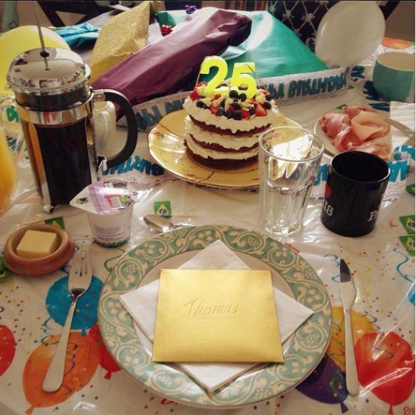 Birthday cake cake cake <3