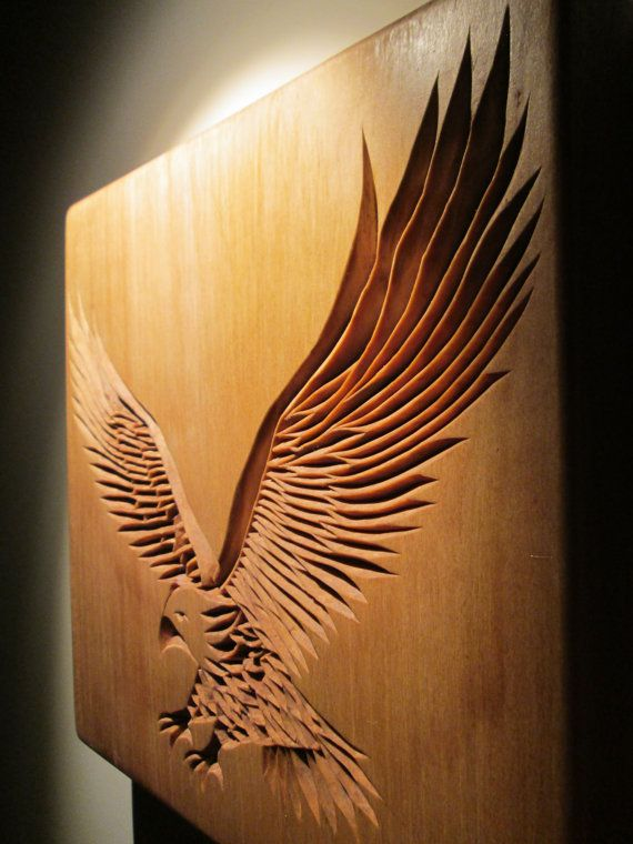 Águila tallada águila chip talla talla de madera animal de