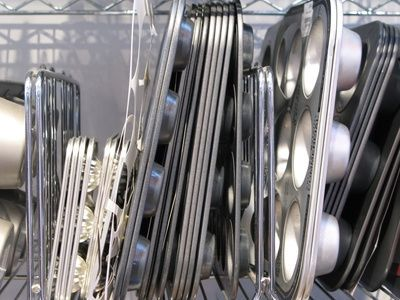 How to remove stains & rust from old bakeware...