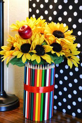Geschenkidee zum Schulanfang: Buntstifte-Blumenstrauß