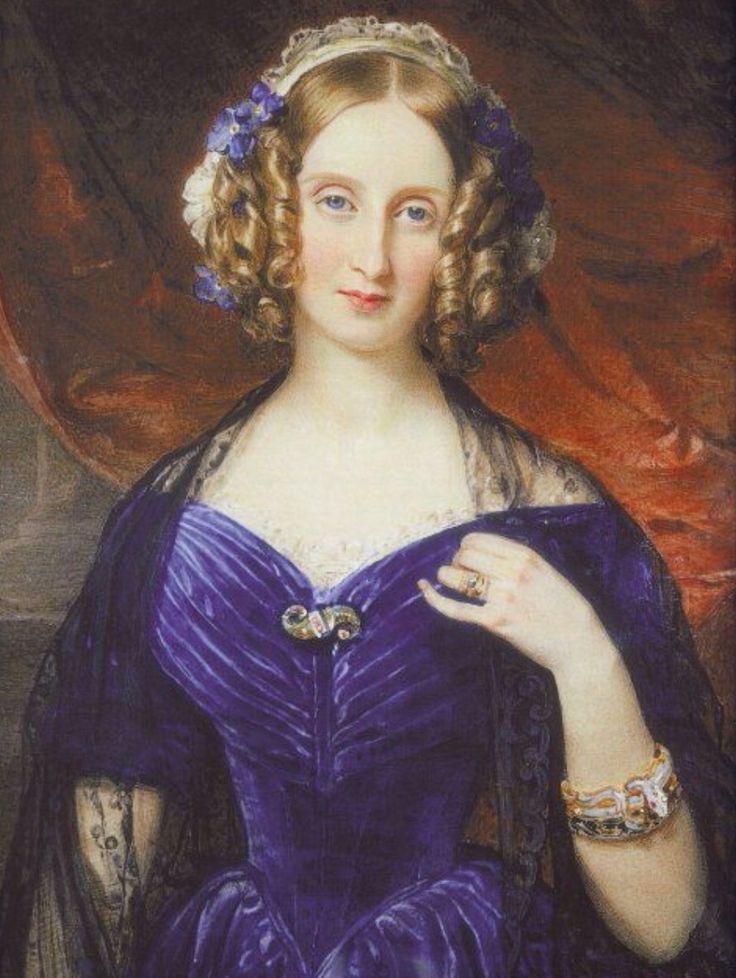 Luisa Maria,hija de Luis Felipe D'Orleans último Rey de Francia y segunda esposa de Leopoldo de Bélgica ,que había quedado viudo de Carlota de Gran Bretaña  al dar a luz su primer hijo,ella fue la madre de Carlota