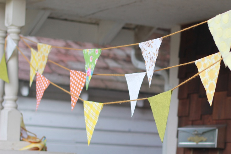 diy no sew bunting... This is lovely! I might just need to do this for the deck come Spring. :)