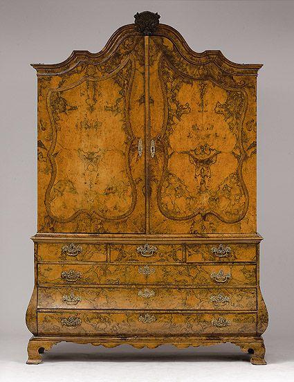Dutch top cupboard - 18th century. |   AUKTIONSHAUS MICHAEL ZELLER