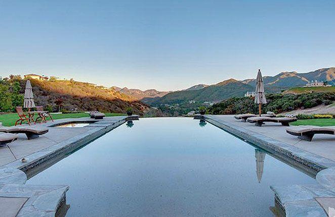 El nuevo casoplón de Britney Spears - La piscina | Galería de fotos 8 de 11 | Vanity Fair