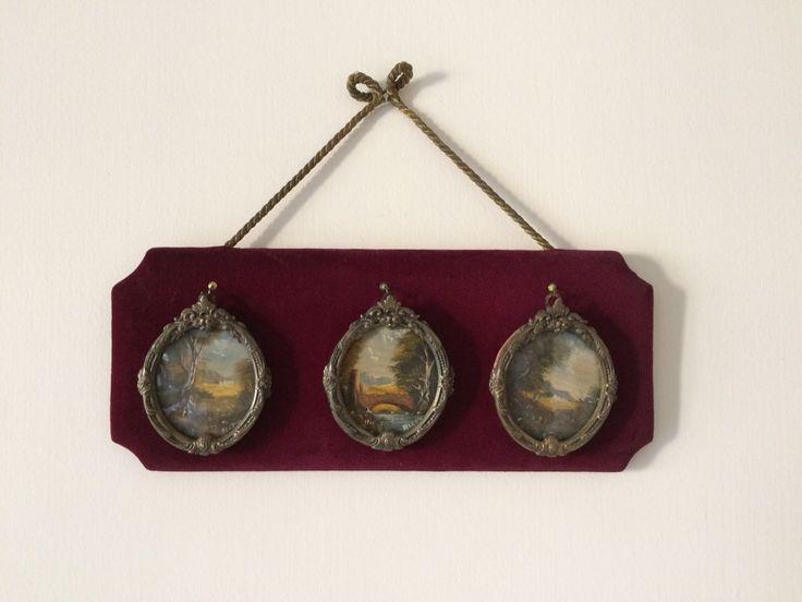 Vintage quadro / Riquadro in vellutino con tre quadri di VintaFai su Etsy