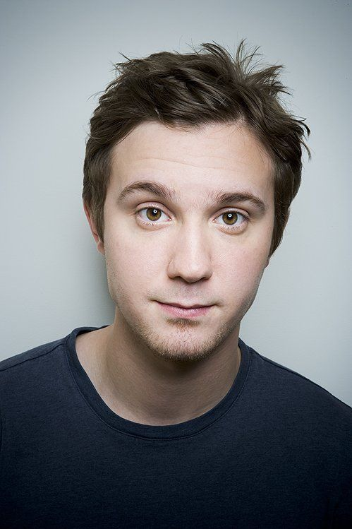 I just have a thing for boyishly handsome types. <3 Sam Huntington