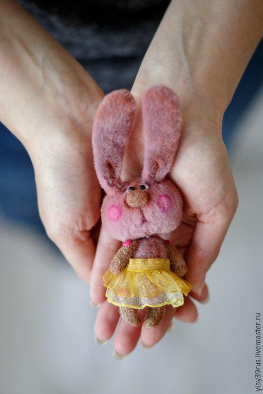 Купить Мини Зайка Фифа . - розовый, миниатюра, мини зайка, зайка, зайчик, зайка девочка