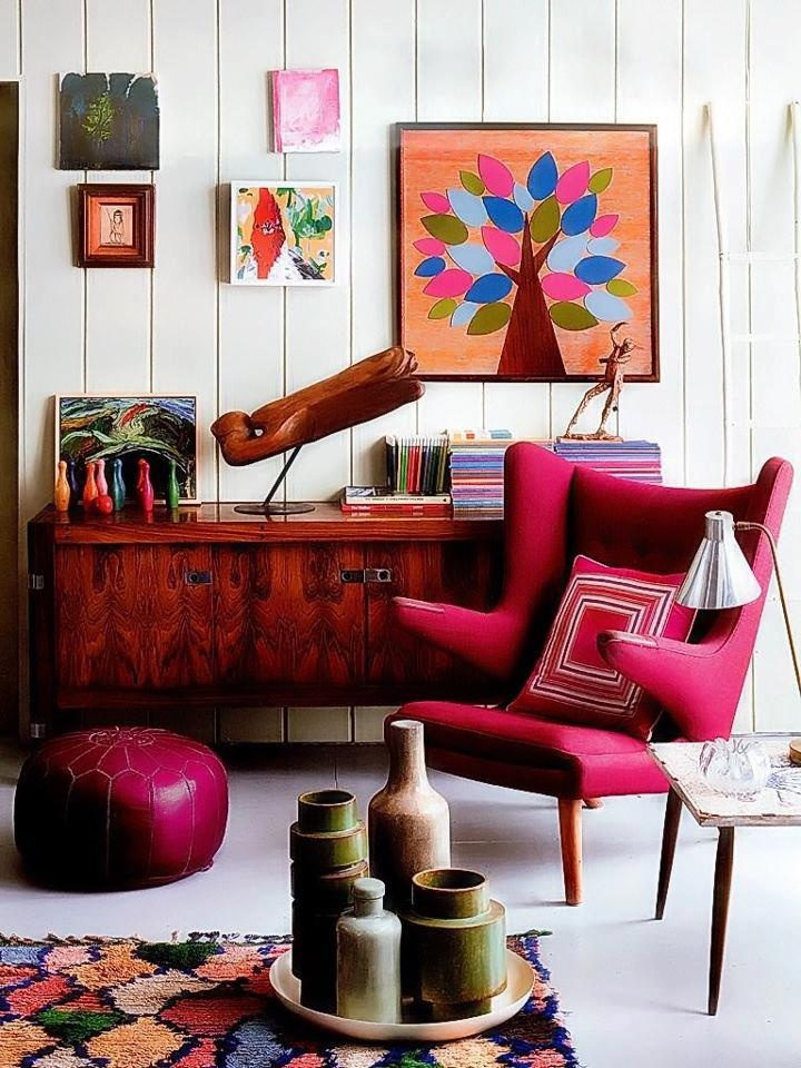 fuchsia, Moroccan poof and tree art…