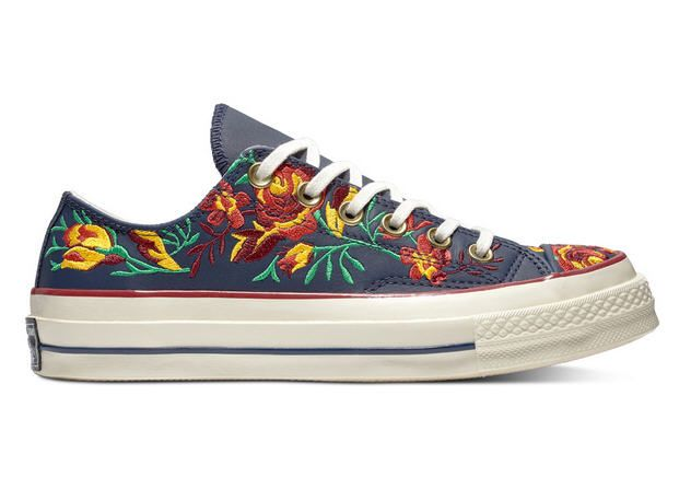 6ec84e9efcf5d Converse Chuck 70 Floral Leather Low Top pas cher obsidian cherry red egret  prix