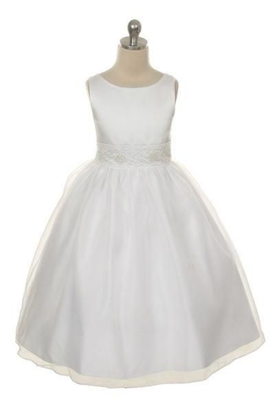 Benigna. Kinderbruidsjurkje met organza rok en satijnen lijfje. De taille is versierd met pailletjes en pareltjes. Kinderbruidsmode, kinderbruidskleding, bruidsmeisjes jurken, bruidsmeisjes jurk, bruidskinderen, bruidskinderkleding, flower girls.