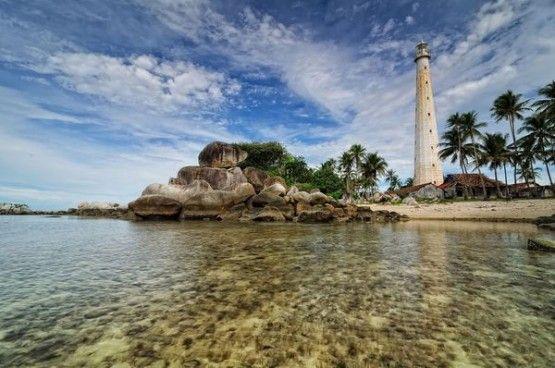 gambar pemandangan alam indah pulau lengkuas belitung