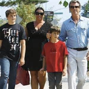 Pierce Brosnan, Keely Smith, sons Dylan and Paris