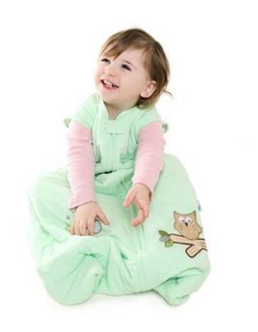 """""""MINT EULE"""" - Der Sommerschlafsack im Design Mint Eule in mintgrün ist aus weichem Jersey Baumwolle und eine tolle Alternative zu blau oder pink. Der Schlafsack ist hübsch bestickt mit kleinen Eulen und Sternenhimmel. Dieser 100% Jersey Baumwolle Sommerschlafsack ist bestens zum Strampeln und Wohlfühlen geeignet. Den Mint Eule Baby Sommerschlafsack gibt es auf www.schlummersack.de in 4 Größen."""